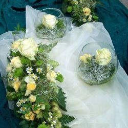 Blumenschmuck zur Hochzeit