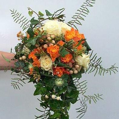Brautbukett orange-weiß
