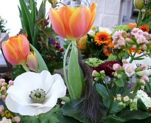 Frühlingsblumensträuße