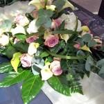 Blumenbukett für das Hochzeitsfahrzeug