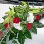 Hochzeitsschmuck für das Auto