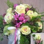 Brautstrauß cremefarben-pink
