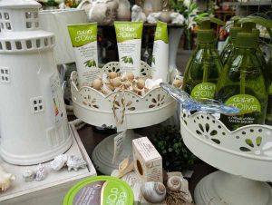 Olivencremes und Olivenseifen